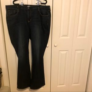 Old Navy Curvy Boot Cut Size 18